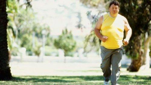 Homem-gordo-obesidade-atividade-fisica-correndo-parque-20120905-size-598