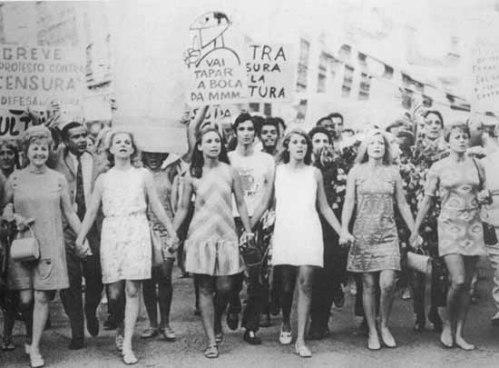 passeata-repressao-anos-70